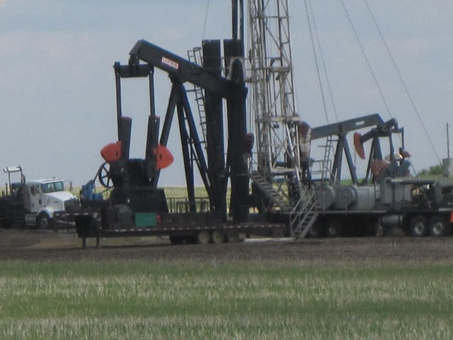 Alberta, Canada: Multi-Billion Dollar Industry: Oil